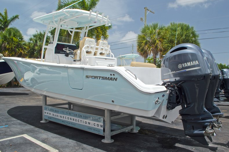 Thumbnail 7 for New 2017 Sportsman Open 282 Center Console boat for sale in West Palm Beach, FL