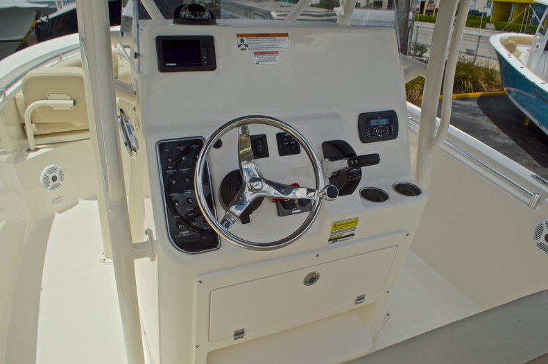 Thumbnail 33 for New 2017 Cobia 237 Center Console boat for sale in West Palm Beach, FL