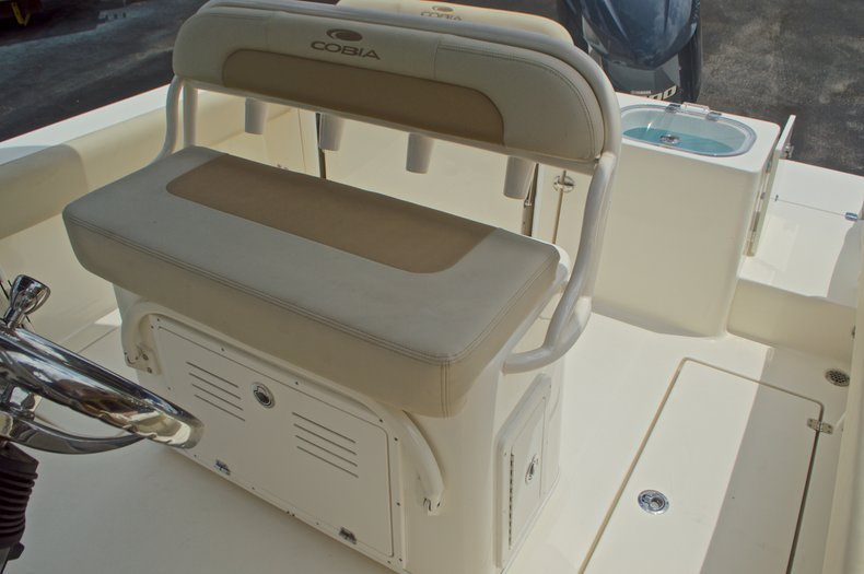 Thumbnail 29 for New 2017 Cobia 237 Center Console boat for sale in West Palm Beach, FL
