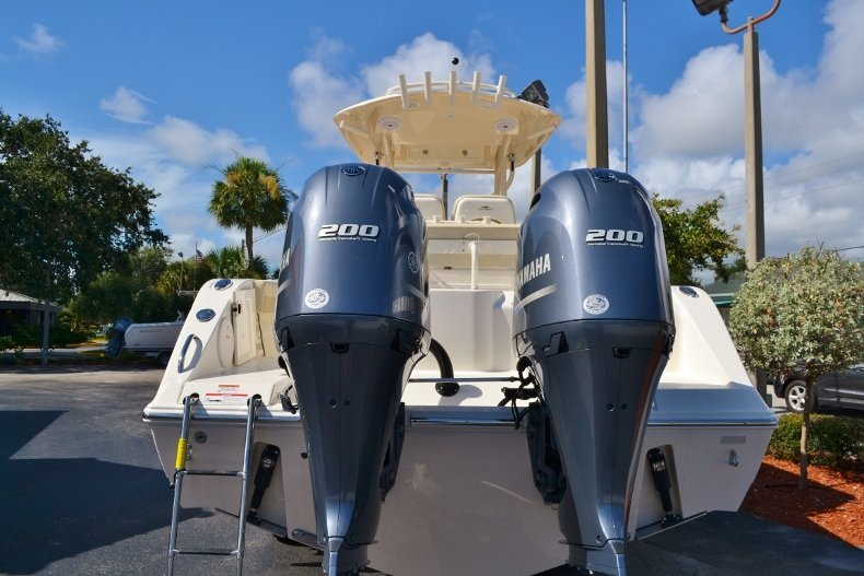 Thumbnail 3 for New 2017 Cobia 277 Center Console boat for sale in West Palm Beach, FL