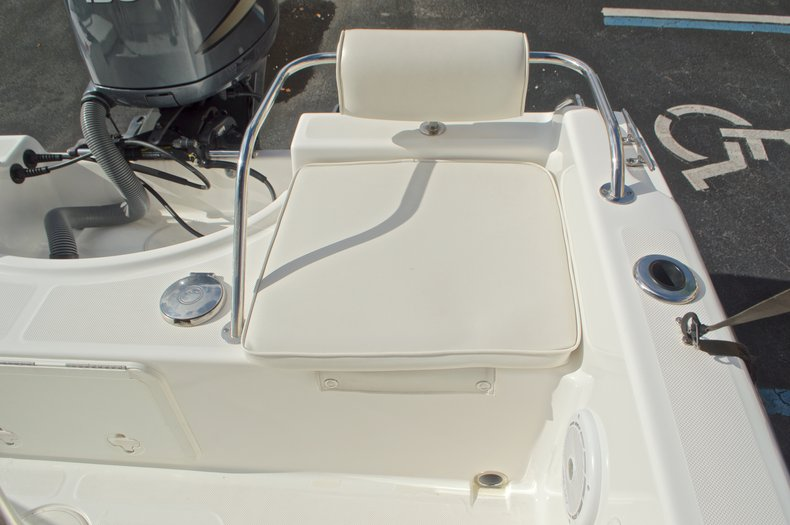 Thumbnail 16 for Used 2007 Century 2001 Center Console boat for sale in West Palm Beach, FL