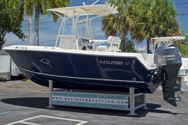 Thumbnail 5 for Used 2015 Sailfish 220 CC Center Console boat for sale in West Palm Beach, FL