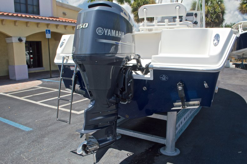 Thumbnail 10 for Used 2015 Sailfish 220 CC Center Console boat for sale in West Palm Beach, FL