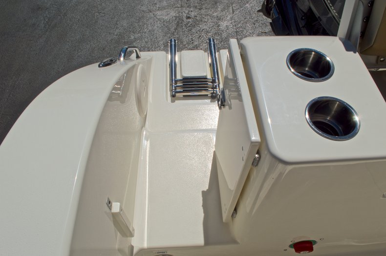Thumbnail 17 for New 2017 Cobia 201 Center Console boat for sale in West Palm Beach, FL