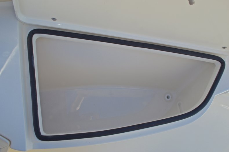 Thumbnail 36 for New 2017 Cobia 201 Center Console boat for sale in West Palm Beach, FL