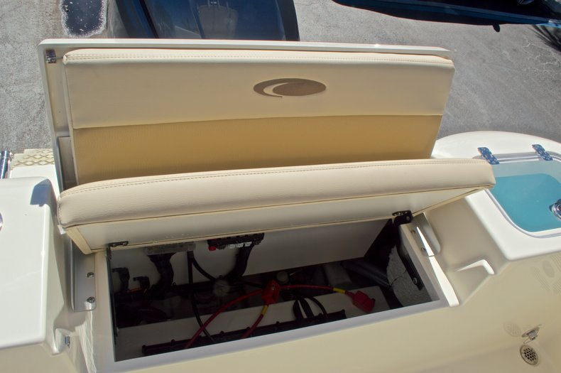 Thumbnail 16 for New 2017 Cobia 201 Center Console boat for sale in West Palm Beach, FL