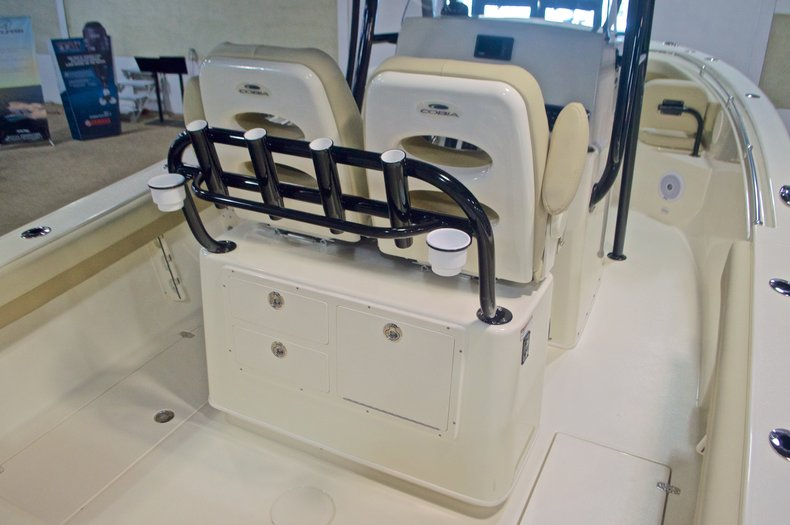 Thumbnail 11 for New 2017 Cobia 261 Center Console boat for sale in West Palm Beach, FL