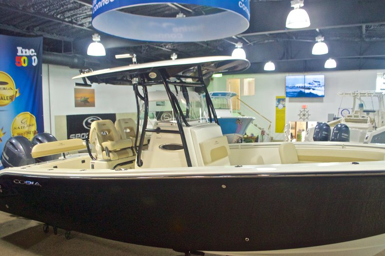 Thumbnail 5 for New 2017 Cobia 261 Center Console boat for sale in West Palm Beach, FL