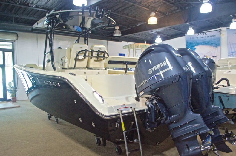Thumbnail 8 for New 2017 Cobia 261 Center Console boat for sale in West Palm Beach, FL