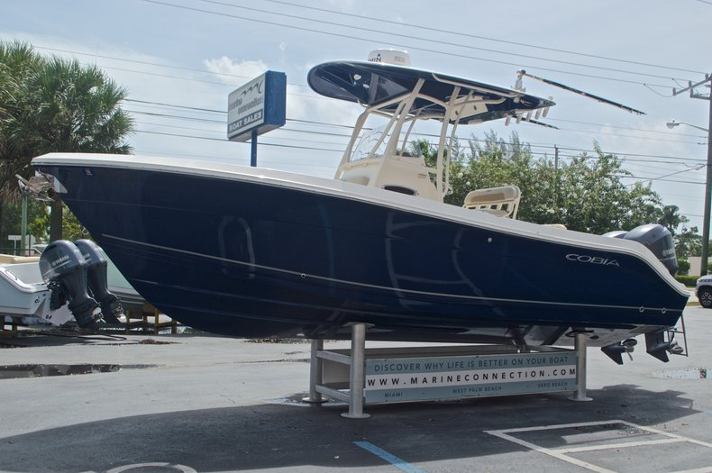 Thumbnail 4 for Used 2014 Cobia 237 Center Console boat for sale in West Palm Beach, FL