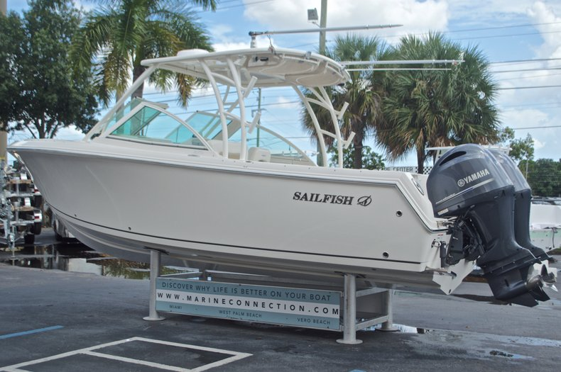 Thumbnail 5 for Used 2016 Sailfish 275 Dual Console boat for sale in West Palm Beach, FL
