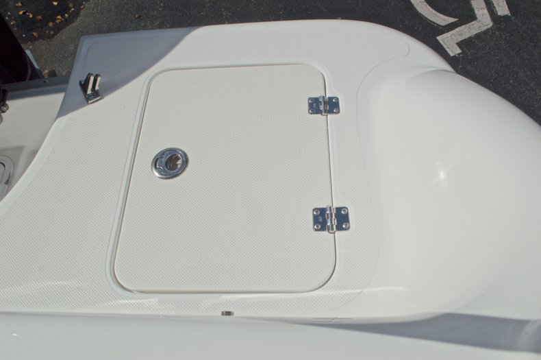 Thumbnail 20 for Used 2014 Hurricane Sundeck Sport SS 231 OB boat for sale in West Palm Beach, FL
