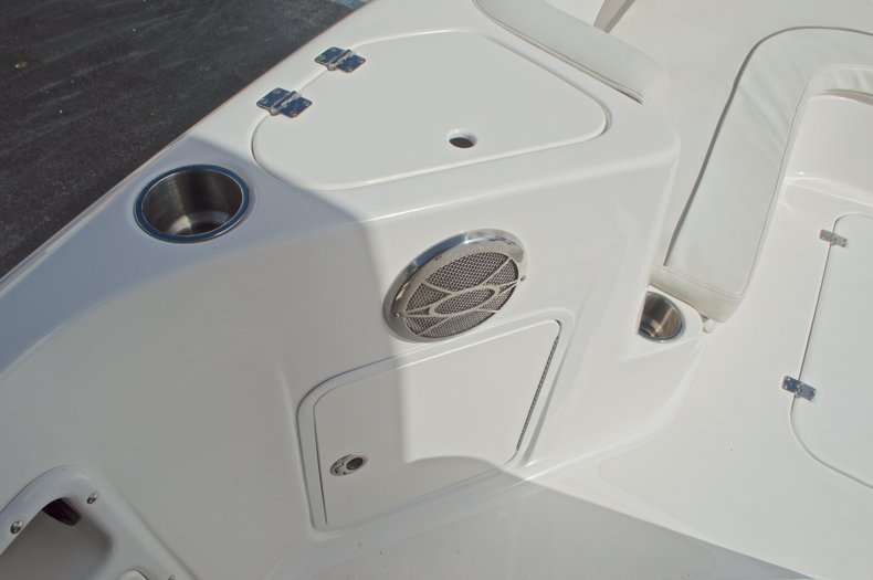 Thumbnail 41 for Used 2014 Hurricane Sundeck Sport SS 231 OB boat for sale in West Palm Beach, FL
