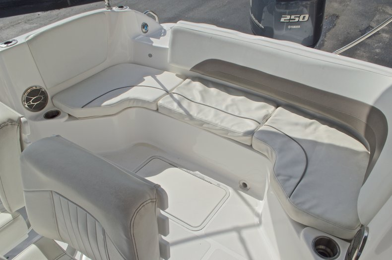 Thumbnail 12 for Used 2014 Hurricane Sundeck Sport SS 231 OB boat for sale in West Palm Beach, FL