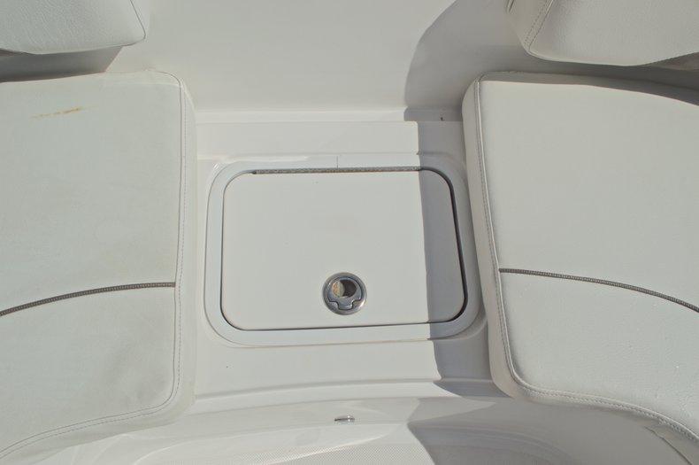 Thumbnail 52 for Used 2014 Hurricane Sundeck Sport SS 231 OB boat for sale in West Palm Beach, FL