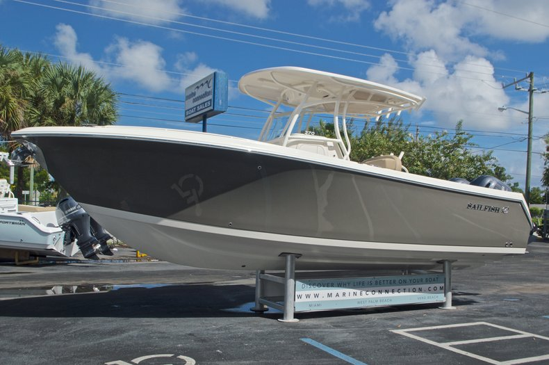 Thumbnail 4 for New 2017 Sailfish 270 CC Center Console boat for sale in West Palm Beach, FL