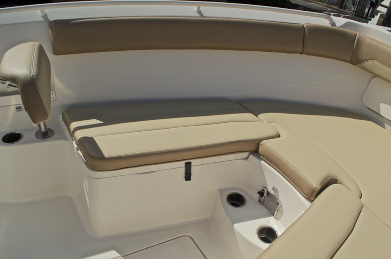 Thumbnail 54 for New 2017 Sailfish 270 CC Center Console boat for sale in West Palm Beach, FL