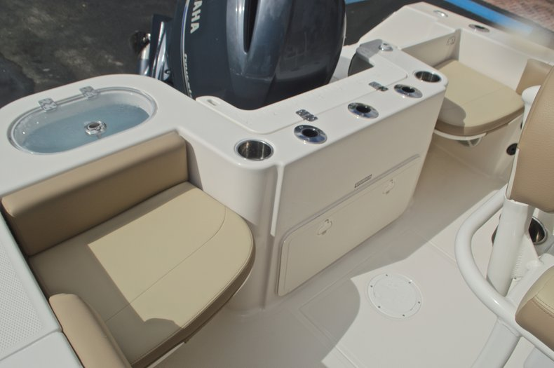 Thumbnail 10 for New 2017 Sailfish 220 CC Center Console boat for sale in West Palm Beach, FL