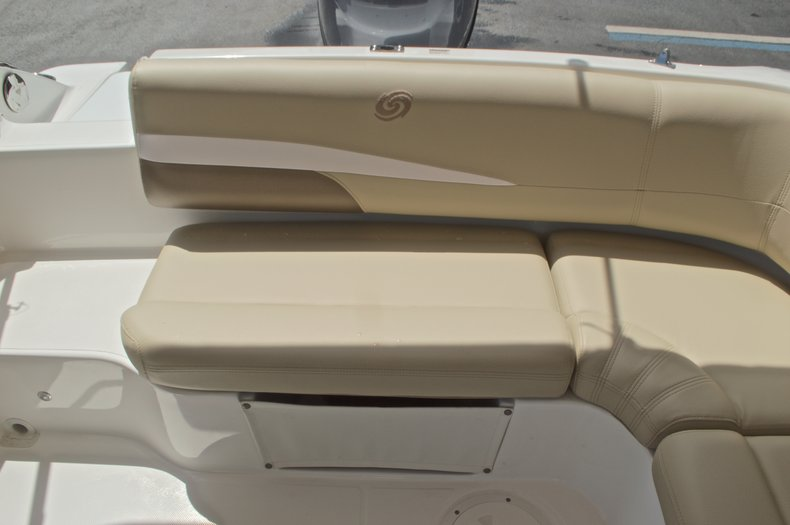 Image 12 for 2017 Hurricane SunDeck Sport SS 188 OB in West Palm Beach, FL