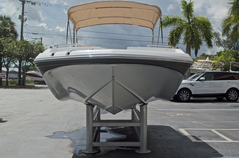 Image 2 for 2017 Hurricane SunDeck Sport SS 188 OB in West Palm Beach, FL