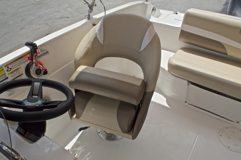 Image 22 for 2017 Hurricane SunDeck Sport SS 188 OB in West Palm Beach, FL