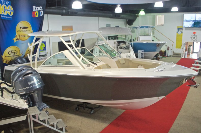Image 0 for 2017 Sailfish 275 Dual Console in West Palm Beach, FL