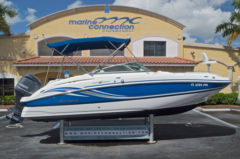 Used 2013 Hurricane SunDeck SD 2400 OB boat for sale in West Palm Beach, FL
