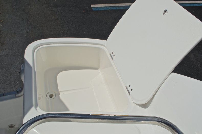 Thumbnail 19 for Used 2013 Hurricane SunDeck SD 2400 OB boat for sale in West Palm Beach, FL
