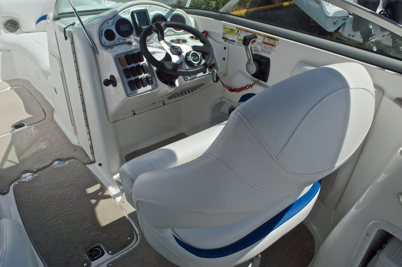 Thumbnail 36 for Used 2013 Hurricane SunDeck SD 2400 OB boat for sale in West Palm Beach, FL