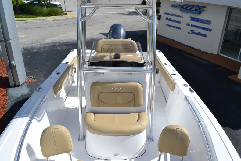 Thumbnail 13 for New 2017 Sportsman Open 212 Center Console boat for sale in West Palm Beach, FL