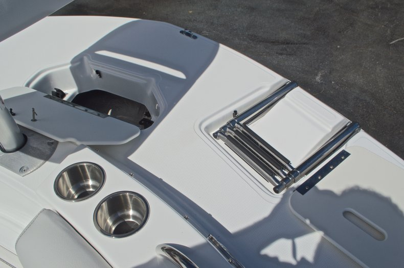 Thumbnail 45 for New 2017 Hurricane SunDeck SD 187 OB boat for sale in West Palm Beach, FL