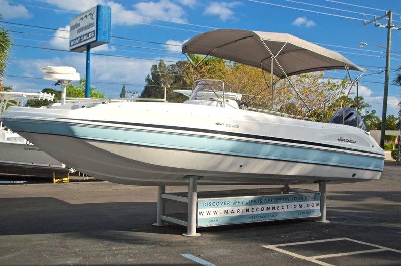Image 3 for 2017 Hurricane Sundeck Sport SS 231 OB in West Palm Beach, FL