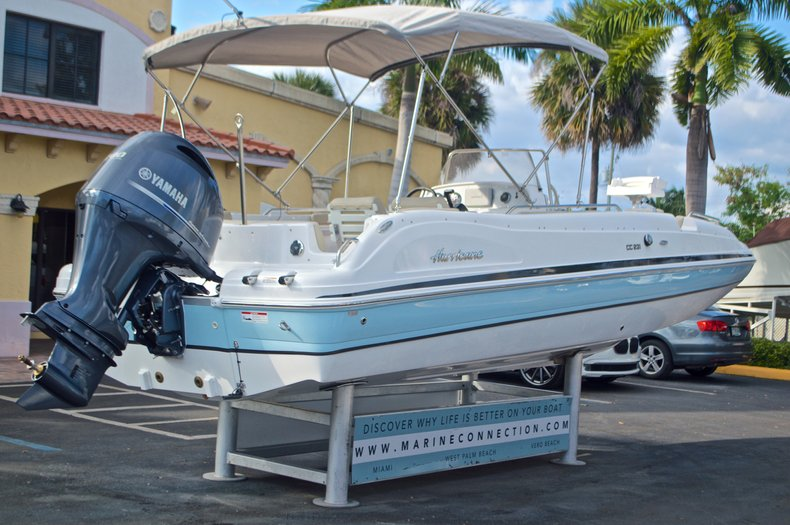 Image 7 for 2017 Hurricane Sundeck Sport SS 231 OB in West Palm Beach, FL