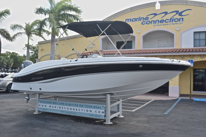 Thumbnail 1 for New 2017 Hurricane 203 SunDeck Sport OB boat for sale in West Palm Beach, FL