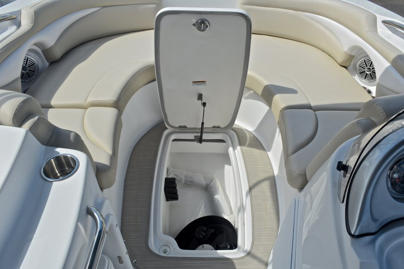 Thumbnail 42 for New 2017 Hurricane 203 SunDeck Sport OB boat for sale in West Palm Beach, FL