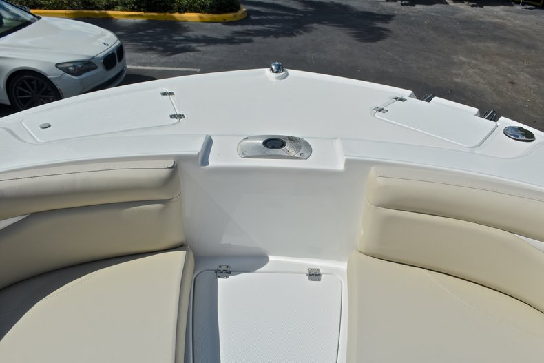 Thumbnail 49 for New 2017 Hurricane 203 SunDeck Sport OB boat for sale in West Palm Beach, FL