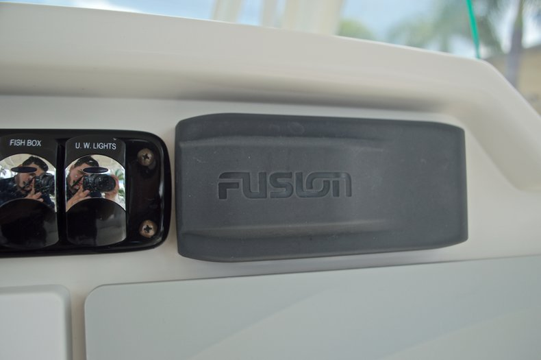Thumbnail 38 for Used 2015 Sailfish 320 CC Center Console boat for sale in West Palm Beach, FL