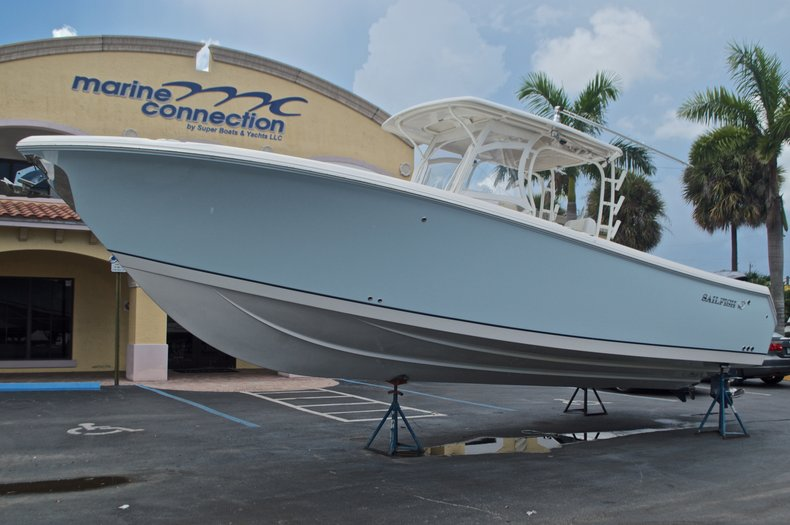 Thumbnail 8 for Used 2015 Sailfish 320 CC Center Console boat for sale in West Palm Beach, FL