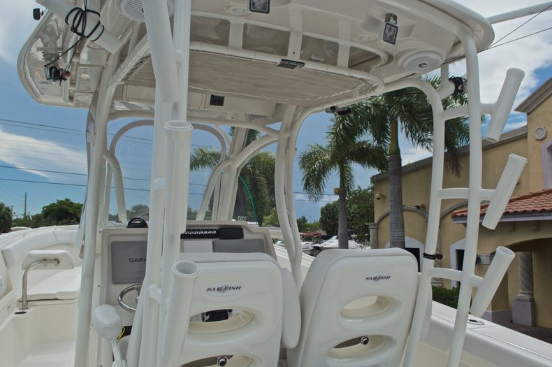 Thumbnail 29 for Used 2015 Sailfish 320 CC Center Console boat for sale in West Palm Beach, FL