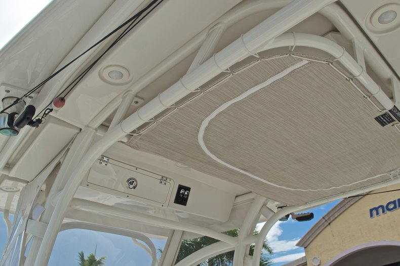 Thumbnail 31 for Used 2015 Sailfish 320 CC Center Console boat for sale in West Palm Beach, FL