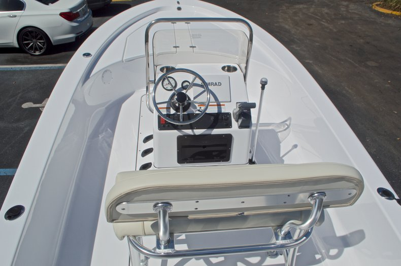 Thumbnail 20 for New 2017 Sportsman 20 Island Bay boat for sale in West Palm Beach, FL