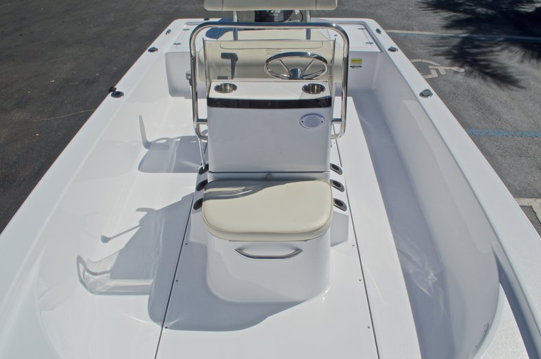 Thumbnail 25 for New 2017 Sportsman 20 Island Bay boat for sale in West Palm Beach, FL