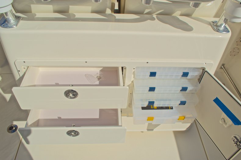 Thumbnail 22 for New 2017 Cobia 277 Center Console boat for sale in West Palm Beach, FL