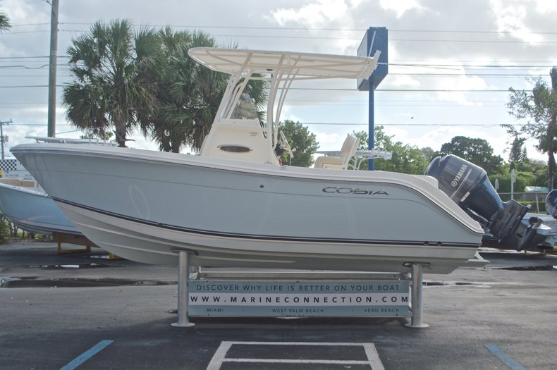 Image 4 for 2015 Cobia 201 Center Console in West Palm Beach, FL