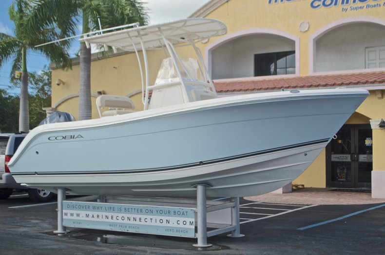 Image 1 for 2015 Cobia 201 Center Console in West Palm Beach, FL