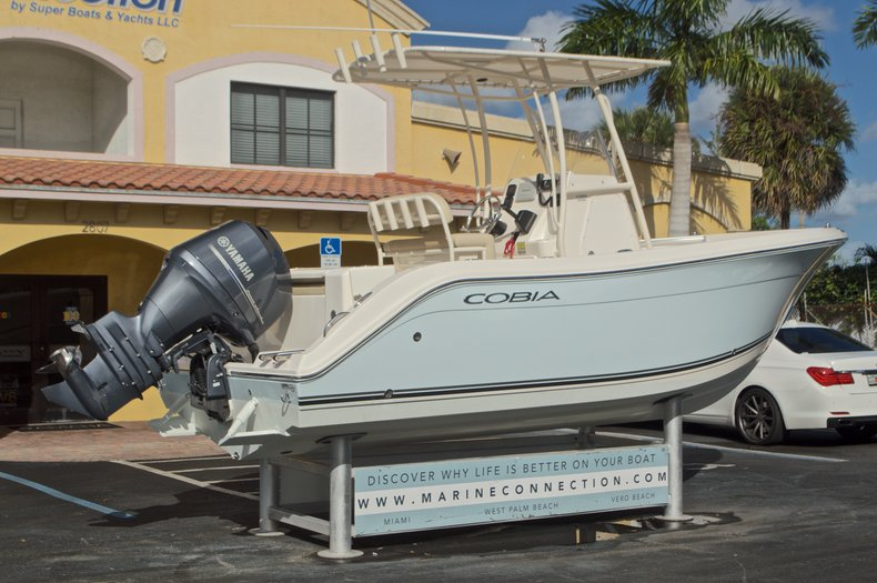 Image 8 for 2015 Cobia 201 Center Console in West Palm Beach, FL