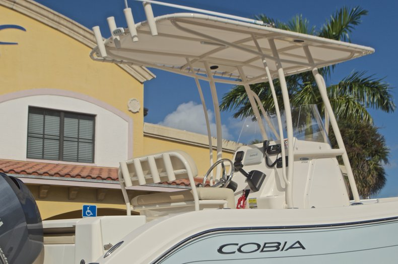 Image 9 for 2015 Cobia 201 Center Console in West Palm Beach, FL