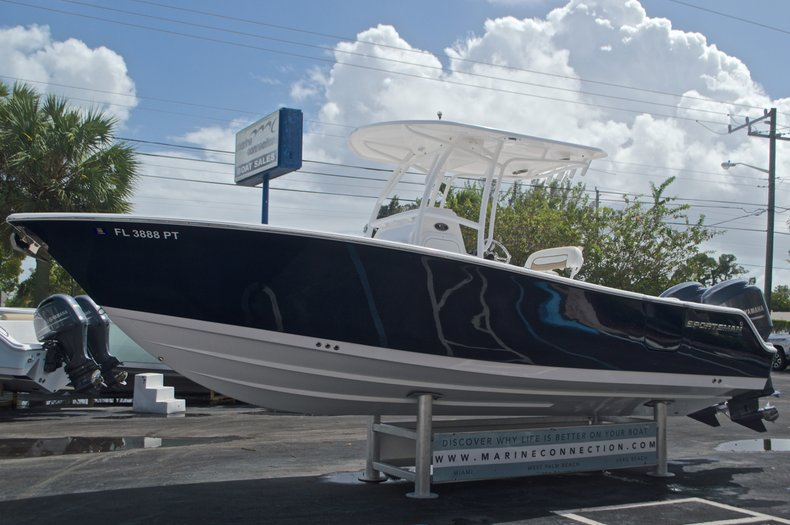 Thumbnail 4 for Used 2014 Sportsman Heritage 251 Center Console boat for sale in West Palm Beach, FL