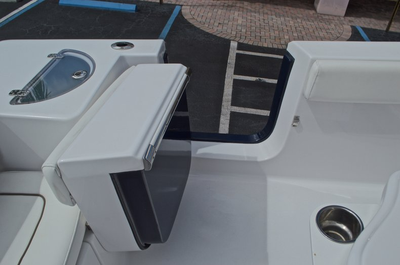Thumbnail 21 for Used 2014 Sportsman Heritage 251 Center Console boat for sale in West Palm Beach, FL