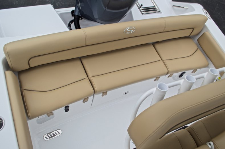 Thumbnail 11 for New 2017 Sportsman Heritage 211 Center Console boat for sale in West Palm Beach, FL